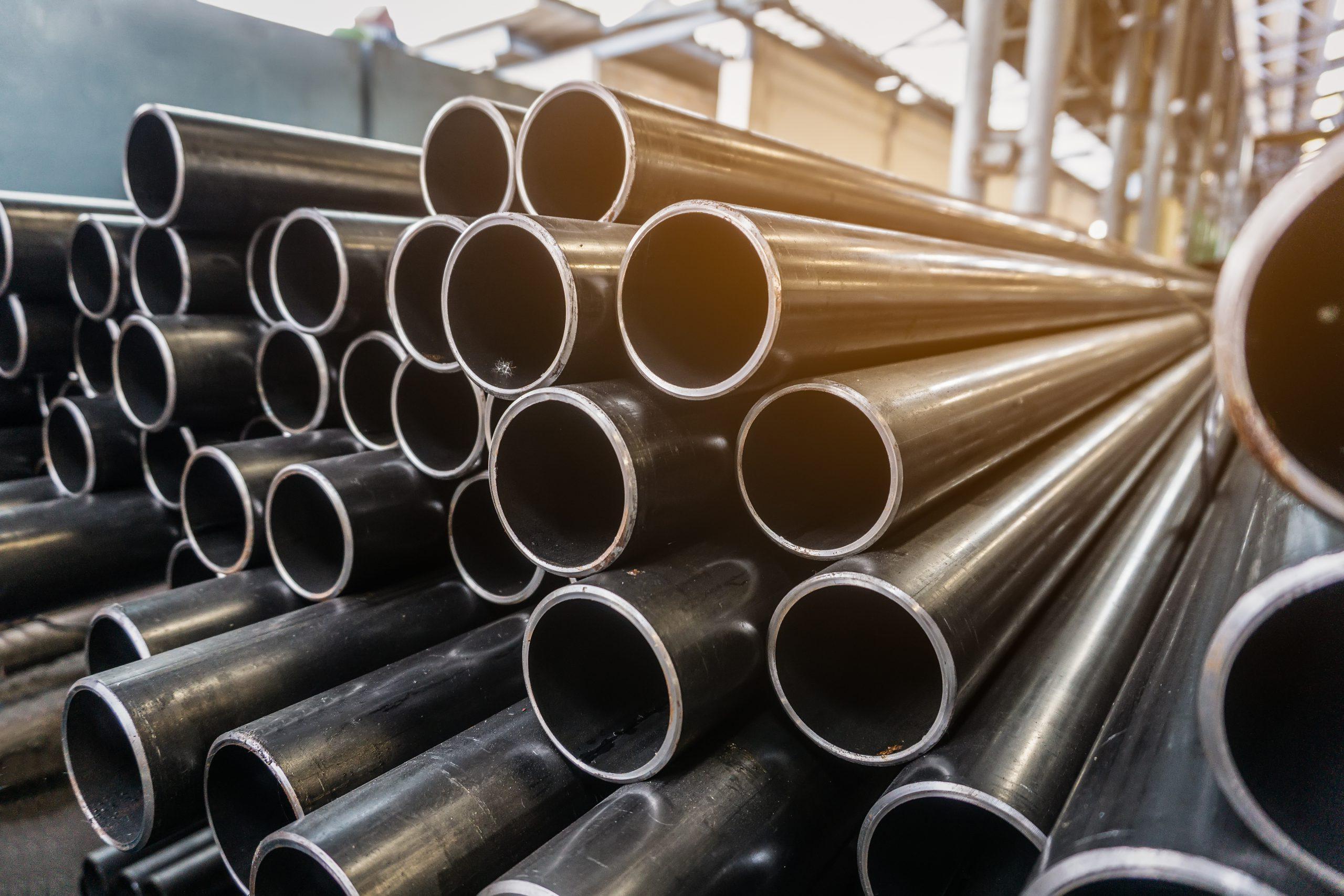 Tubos e estruturas em aço, como construir em menos tempo e com mais segurança